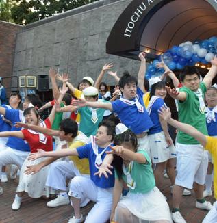 【公開】女優・東ちづるさんらイベント、世界自閉症啓発デーに向けて
