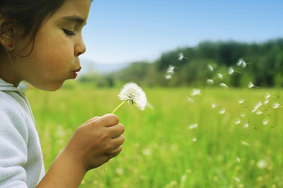 子どもの成長を支える人のためのマンスリーウェブマガジンがついに創刊!