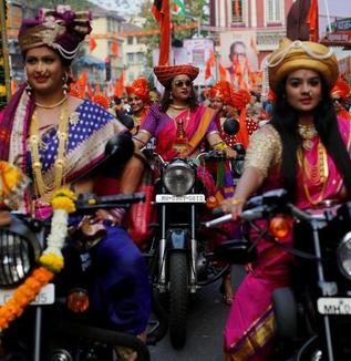これがインドなんだ! 世界的な富と飢餓が同居する街、摩訶不思議なエリアが急速に沸騰している