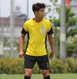 鳥海晃司選手「サイドバックが出てくると聞いているので、そういうところはチャジさん(茶島雄介)と連係をとりながら、タイトに守備に行きたい」
