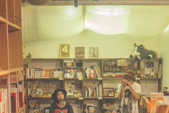 サムライがおすすめの本を紹介する「サムライの届けたい一冊」では今月いっぱいでサムライを卒業する今井さんが森絵都さんの『永遠の出口』をご紹介!そのほか見逃せないコンテンツが盛りだくさん!
