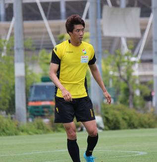 新井一耀選手「後手にならないように(試合の)入りからしっかりこっちが行けるようにしたい」