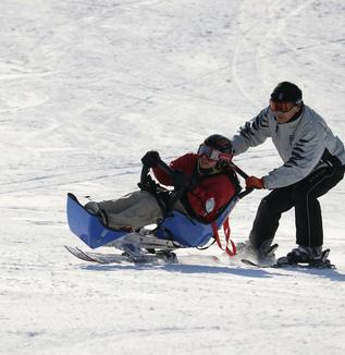 【活動紹介:新設NPO法人】チャレンジしたい気持ちを大切にしたい! ~特定非営利活動法人障がい者スキー協会~