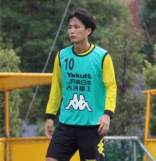 小島秀仁選手「自分的にもそれ(縦パス)が特長だと思っているし、そういうのを出さなきゃいけない」