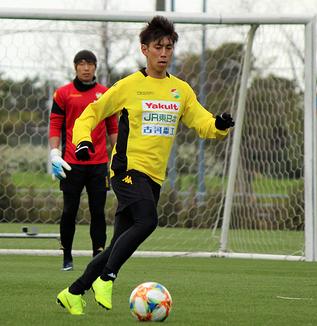 茶島雄介選手「自分も含めて、ゴール前の質というのがまだまだ足りないと思う。みんなでいいイメージを共有してやりたい」