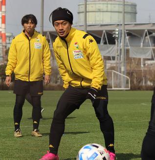 堀米勇輝選手「甲府はプロキャリアをスタートさせてもらったクラブで、その節目になる試合でまた対戦できることというのは選手としてすごく幸せなことだと思います」