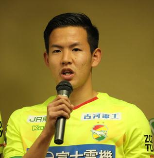 見木友哉選手「自分が点を取ってチームを勝たせるというのは意識して後半戦はやっているので、長崎戦で点が取れてチームを勝利に導けたらと思います」