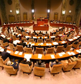 現場で見たオドロキの地方議会の実態