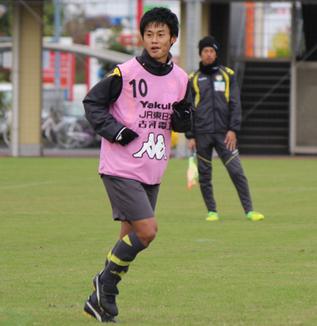 町田也真人選手「相手云々ではなくて自分たちのサッカーを最後は見せたい」