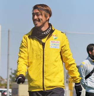 船山貴之選手「ボールを持つ時間は相手のほうが多くなると思いますけど、そこは粘り強く、うちらしく戦いたい」