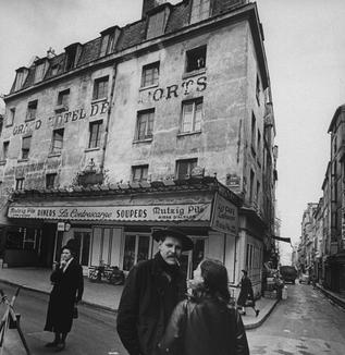 ビートルズが登場したころのパリの街の光景          WEBライター募集中(セカンドインカムへの挑戦者来たれ!)