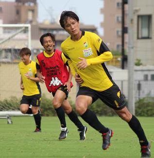 小島秀仁選手「今は内容にこだわっている場合じゃない。勝ち癖をつけないといけないし、1つ勝たないと流れも来ない」